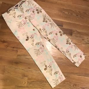 Tocca cream pants with good detail